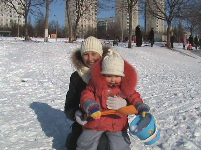 мороз и солнце, день чудесный. С мамой на прогулке