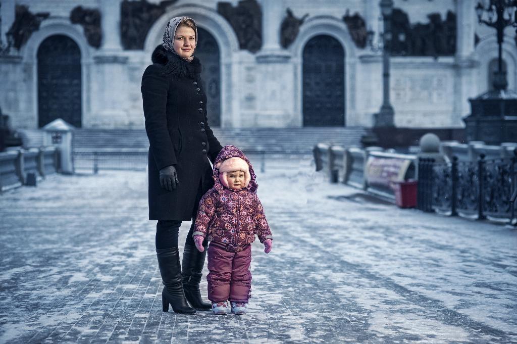 прогулка в морозный денек. С мамой на прогулке