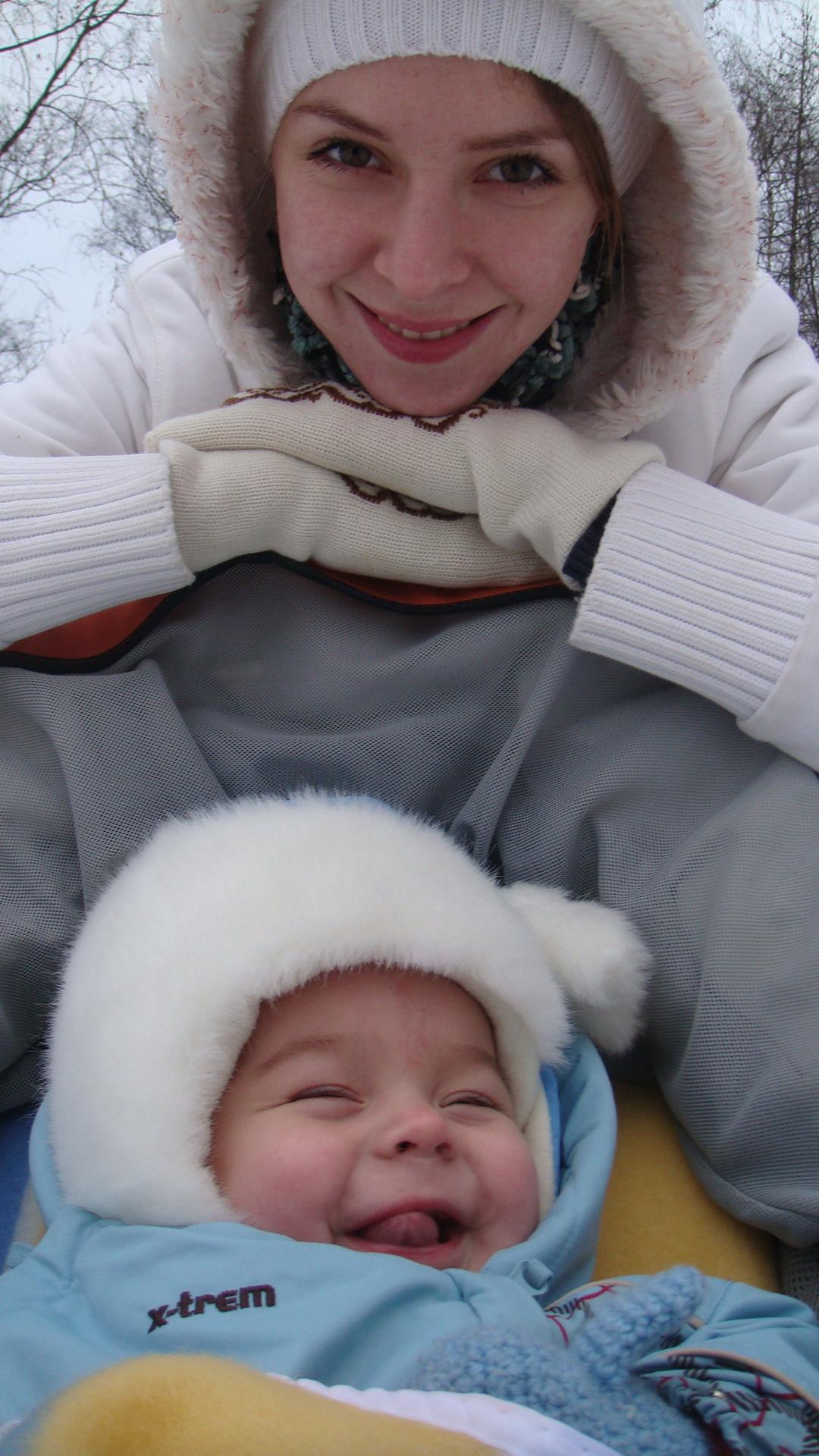 Ой мороз, мороз. А я веселенький таой!. С мамой на прогулке