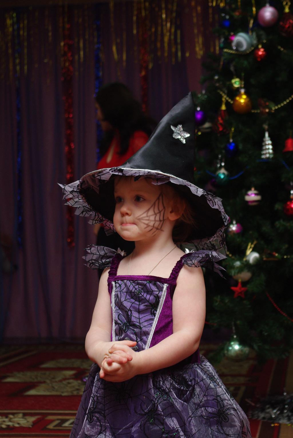Ведьмочка. Новогодний карнавал
