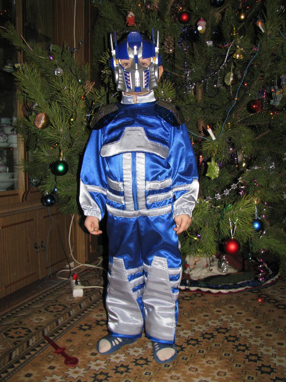 Маленький Робот. Новогодний карнавал