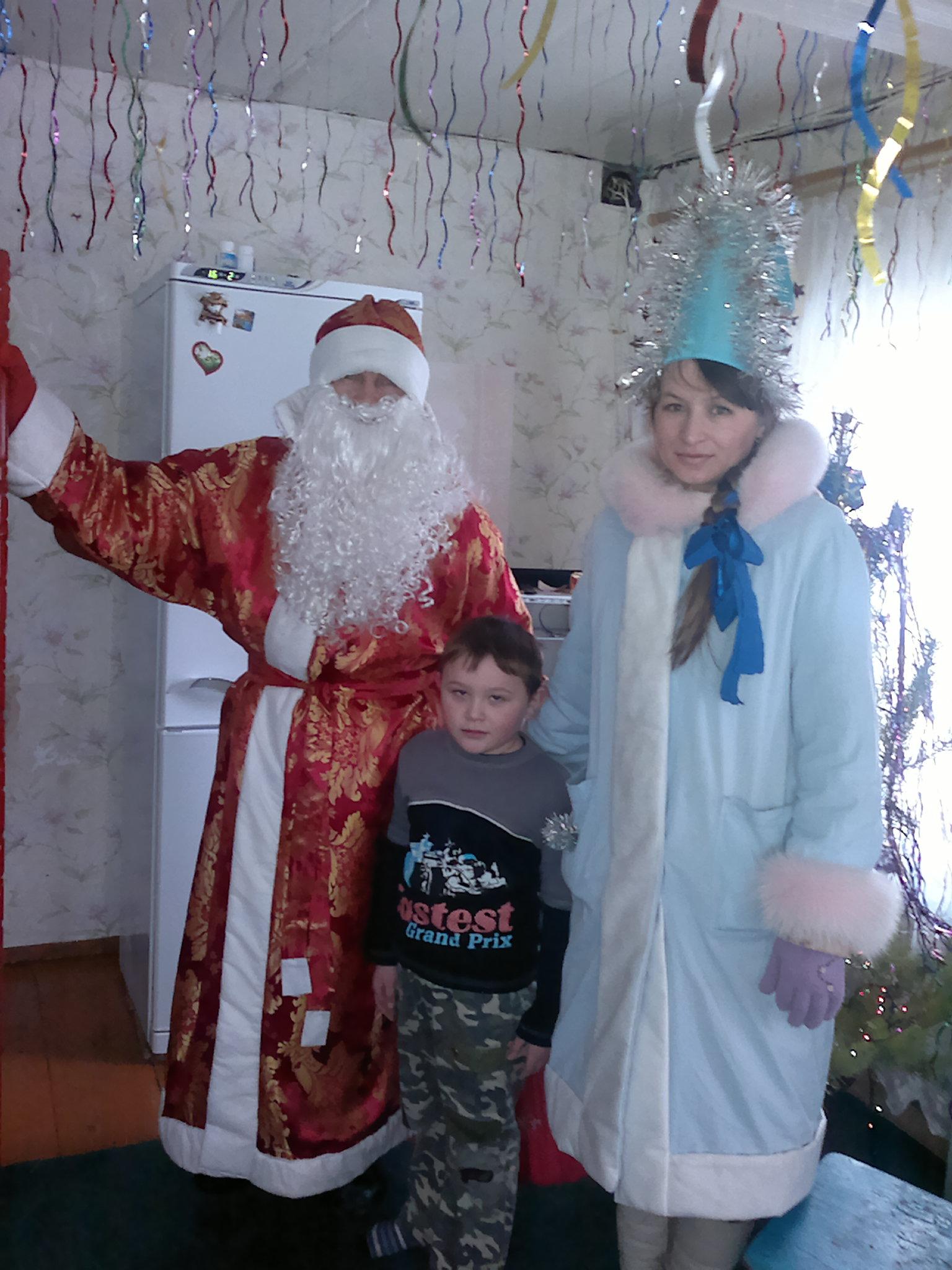 Самый добрый Дед мороз со своей снегурочкой.. Новогодний карнавал