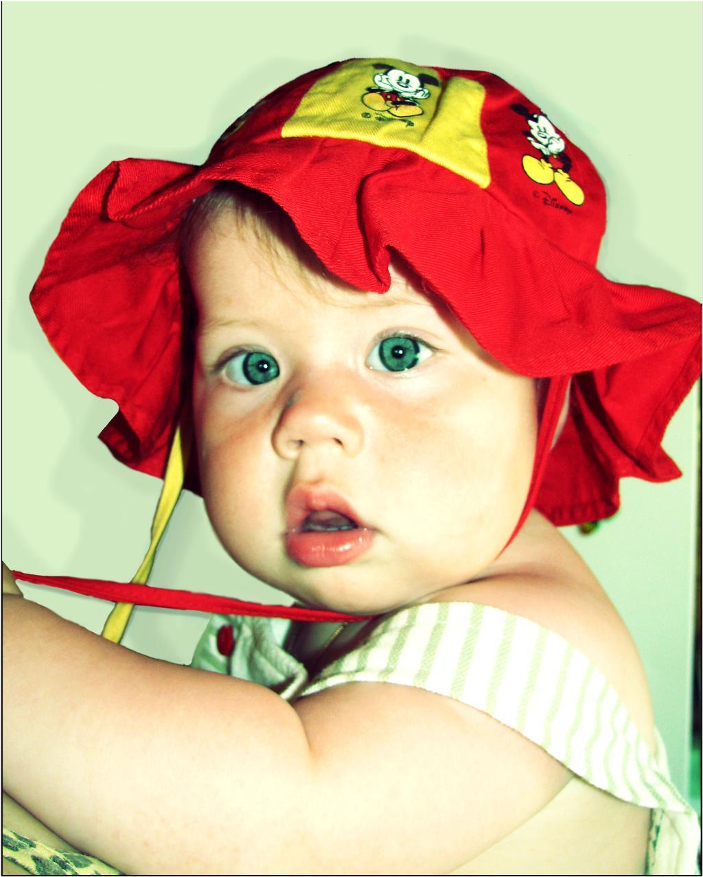 красная шапочка. Малыш на обложку