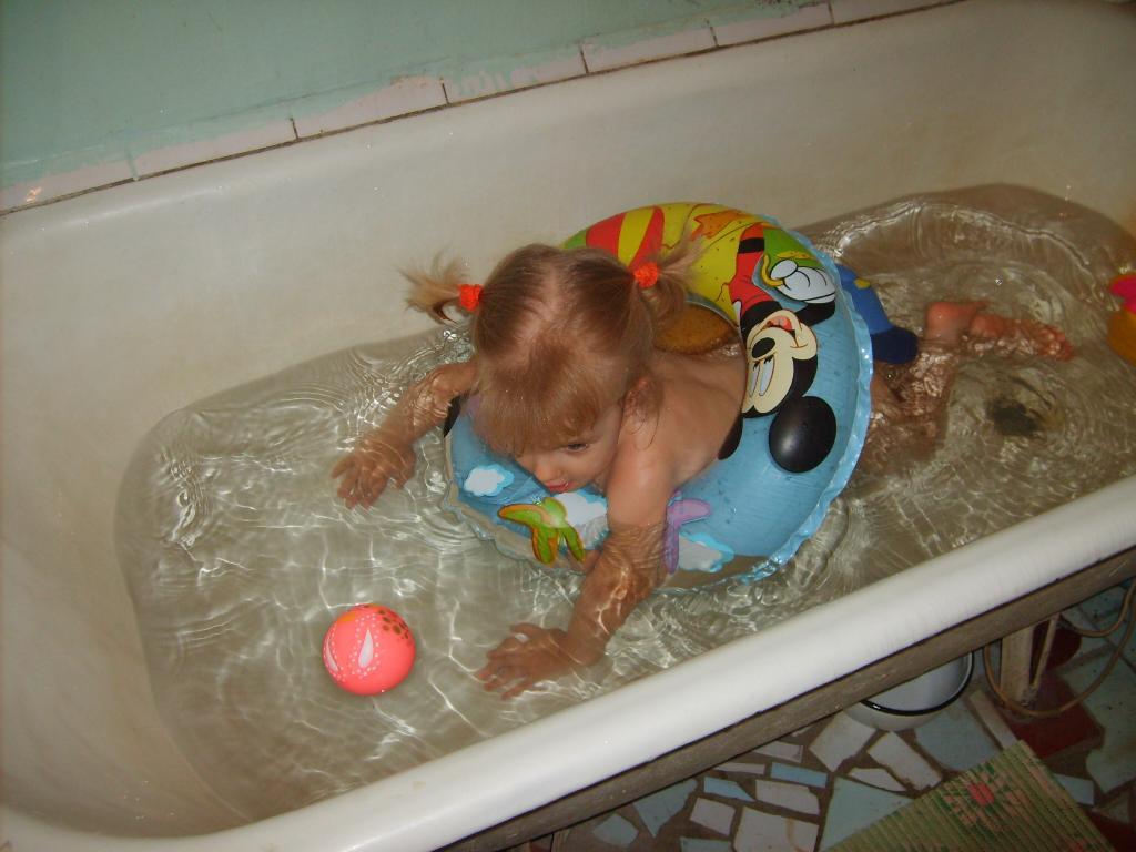 Вперед к победе!!!. Играем в ванной