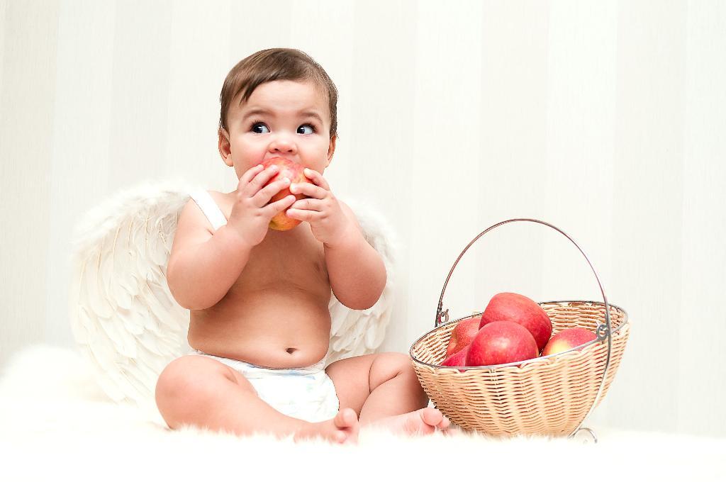 Райские яблоки. Малыш на обложку