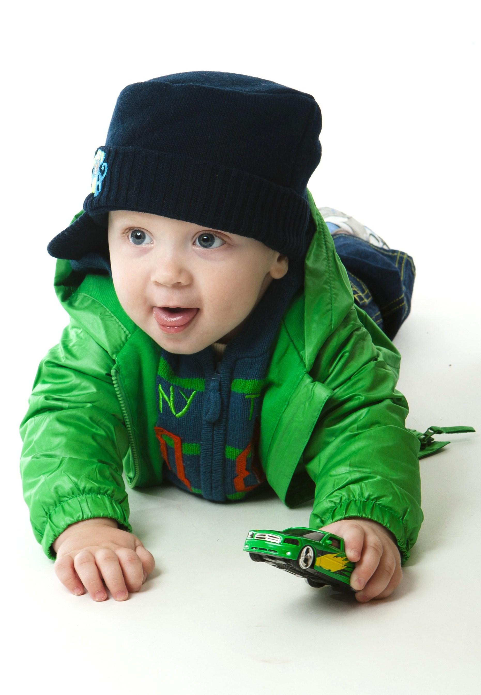 Вот такой задорный и моднячий Макарон! )). Малыш на обложку