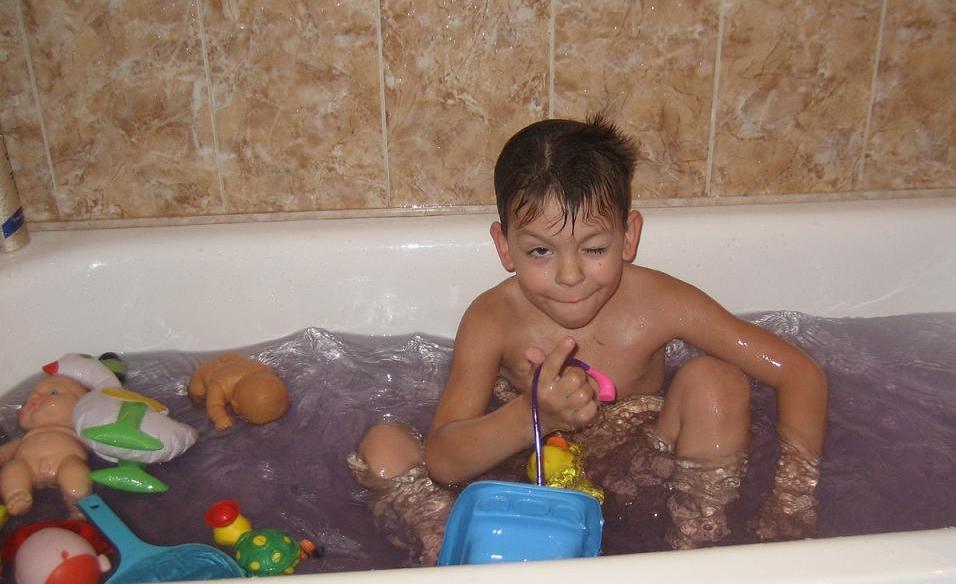Поиграем?!! Чисто-чисто... Конкретно-конкретно.... Играем в ванной