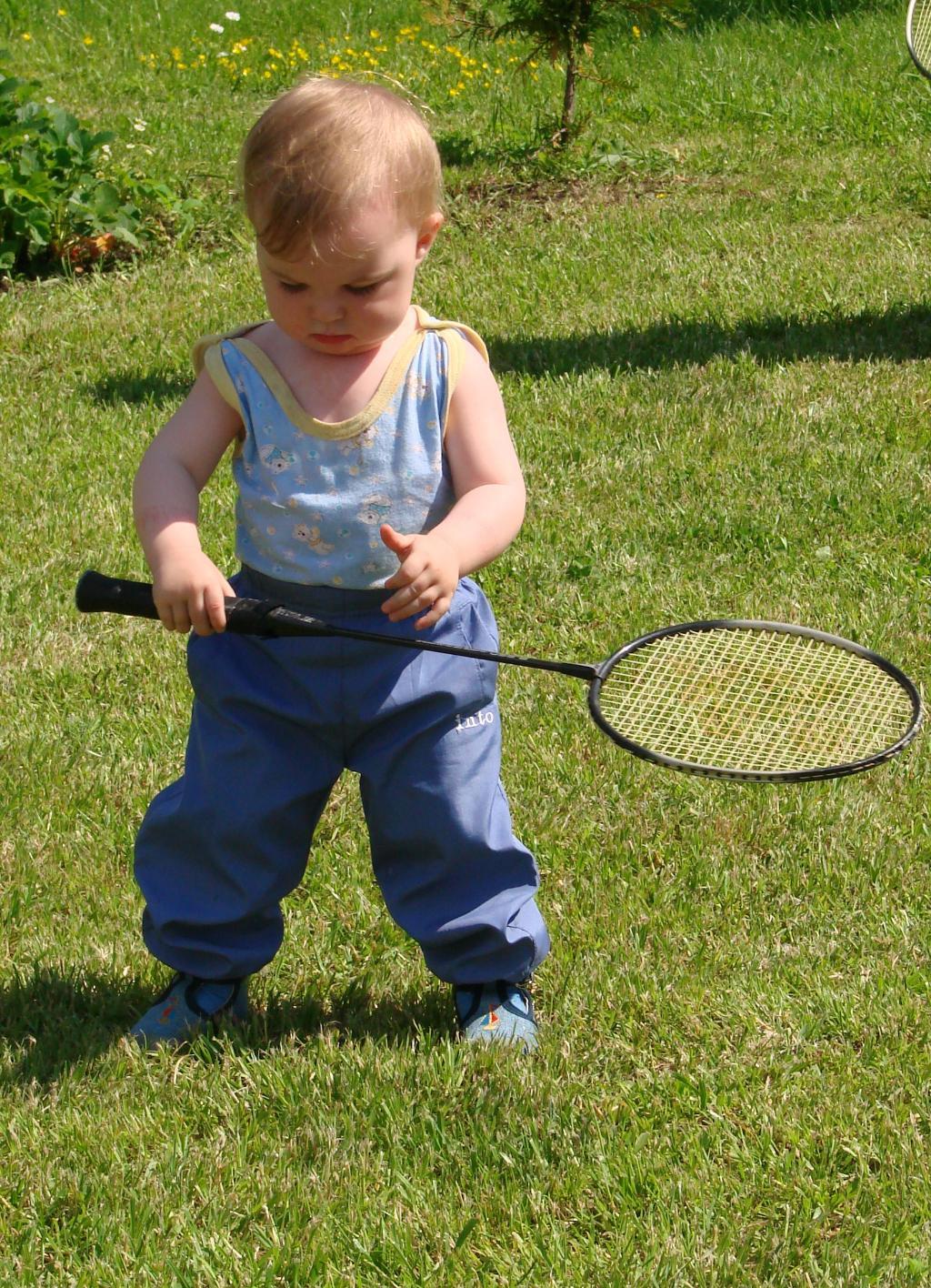 маленький спортсмен . Олимпийцами становятся с рождения
