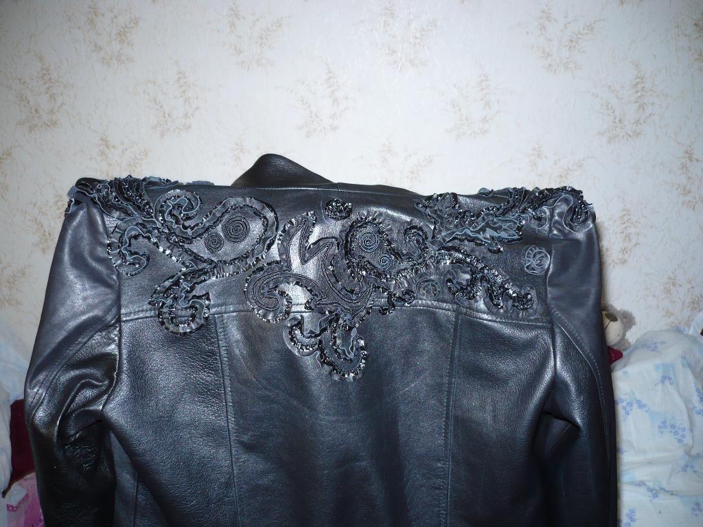 вышивка кожанными лентами на куртке. Вышивка на одежде