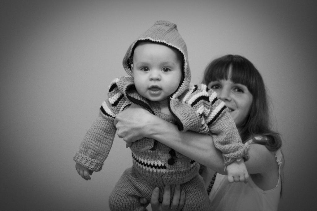 Никитка, 4 месяца. Вместе с мамой