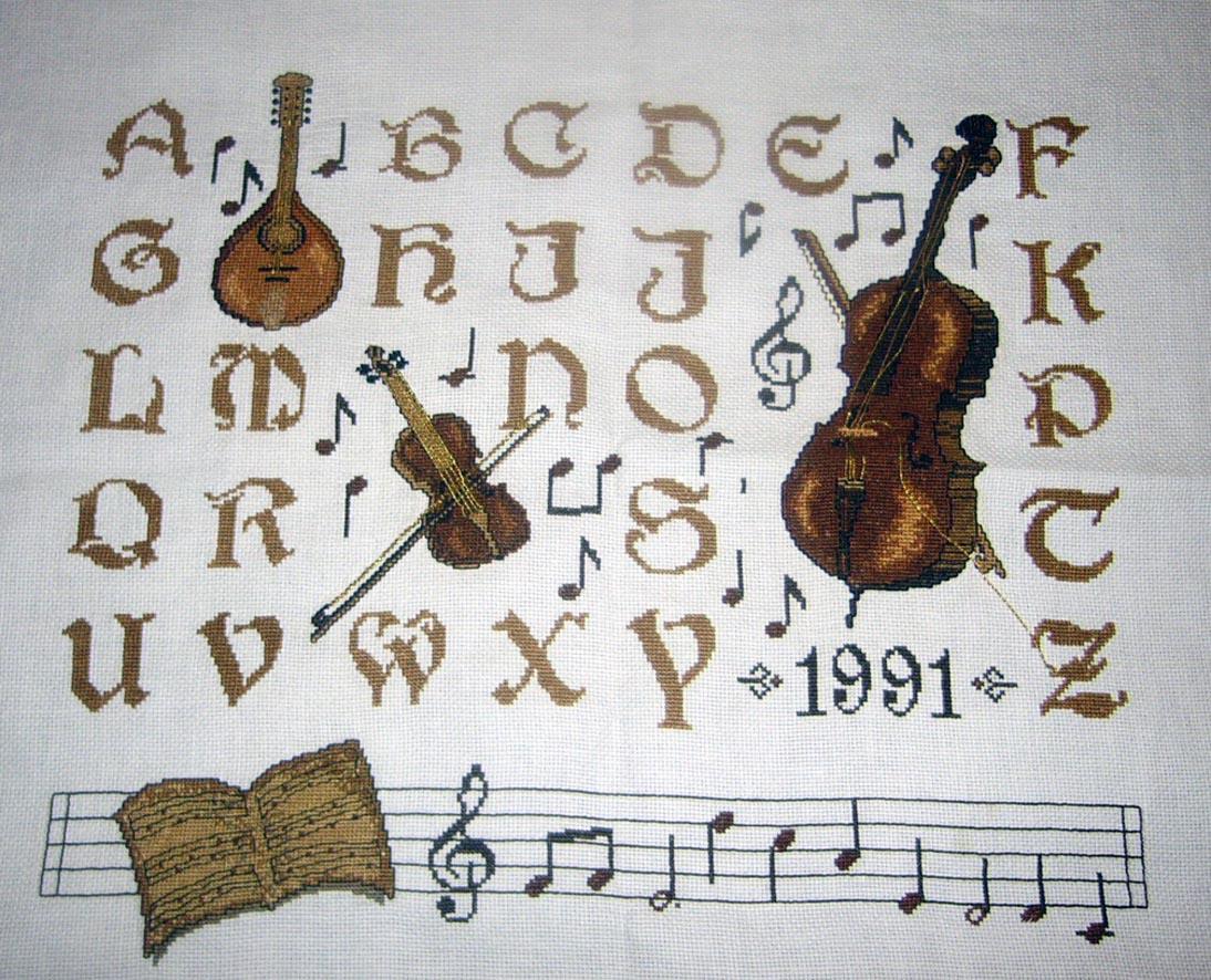 Алфавит-2. Вышивка: алфавит, календари, метрики