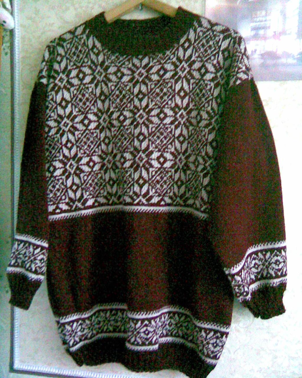 свитер для мужа. Одежда