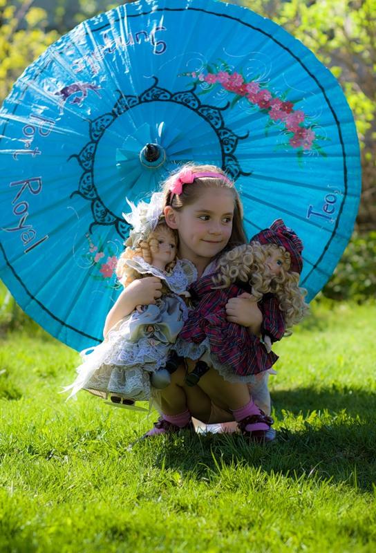 Зонтик - очень полезная вещь. Да здравствует дождь!