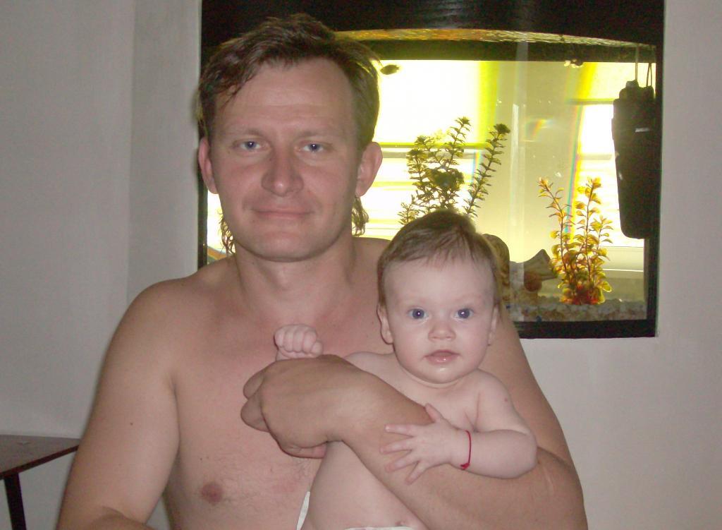 Папа и дочка. Как две капли