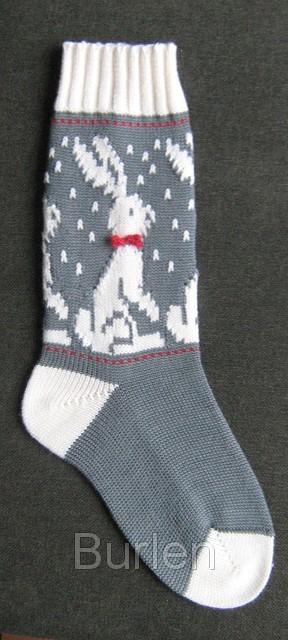 'НОВОГОДНИЙ ЗАЯЦ' на вязаных носках.. Перчатки, варежки, носки, пинетки, обувь