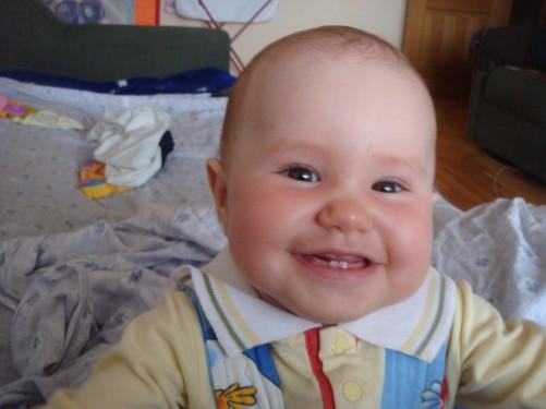 А вот и мои первые зубки.. Мои первые зубки