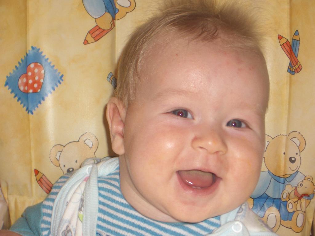зубастая улыбка. Мои первые зубки