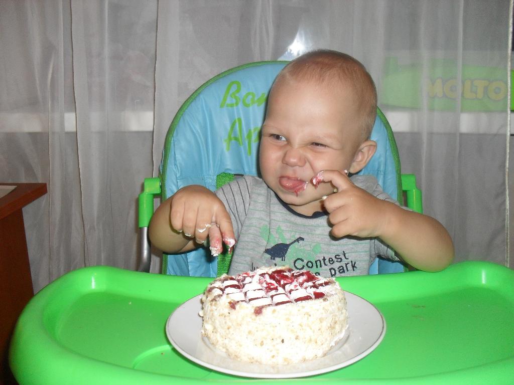 праздничный тортик. Первый День рождения