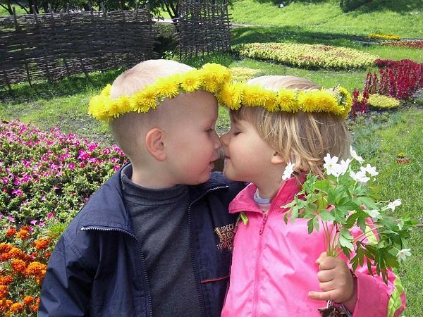 Как две капли - два цветочка. Как две капли