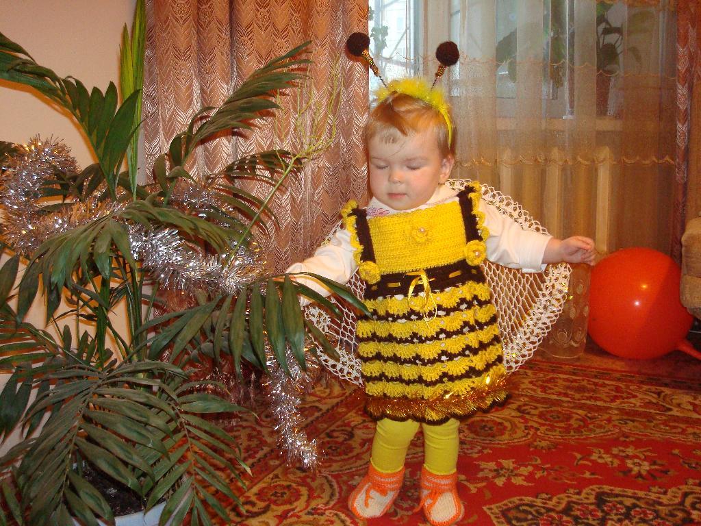 Я пчелка, пчелка, пчелка. Новогодний карнавал