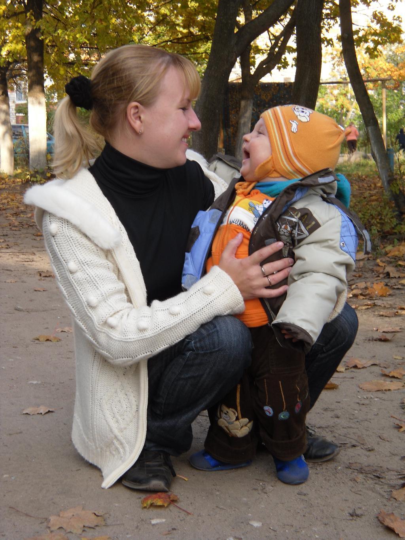 Веселуха)). С мамой на прогулке