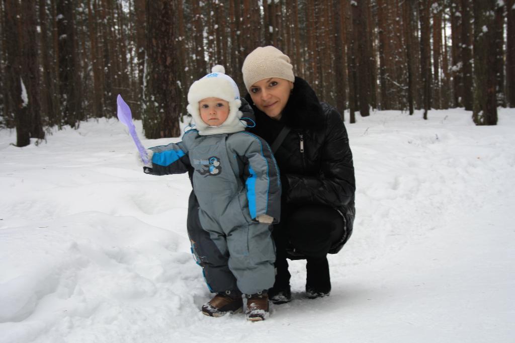 Зимняя прогулка в бору. С мамой на прогулке