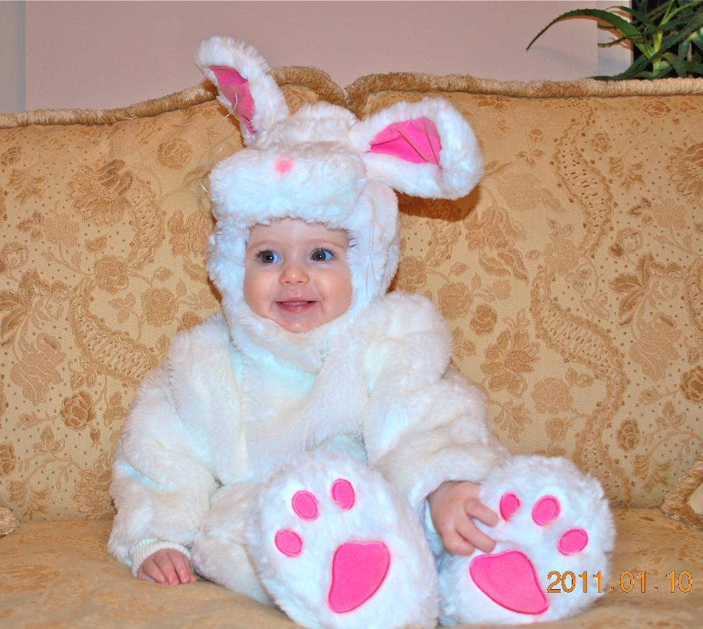Кристюшка-Зайчушка!!!. Закрытое голосование фотоконкурса 'Новогодний карнавал'