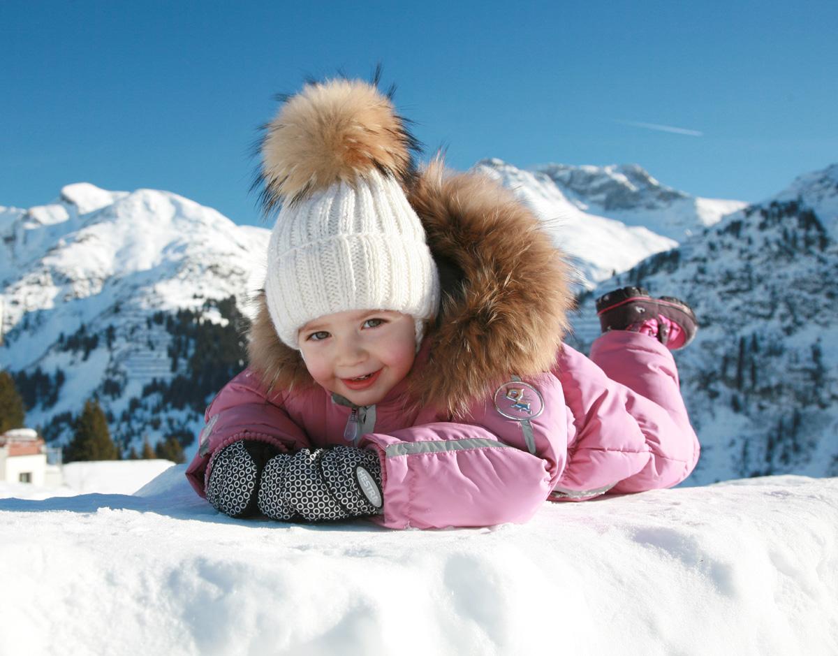Альпийская девочка. Снежные забавы