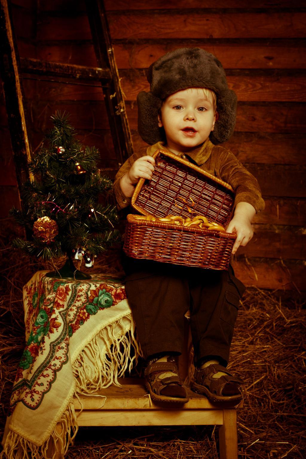 Сундучок с подарками :) . Новогодний карнавал