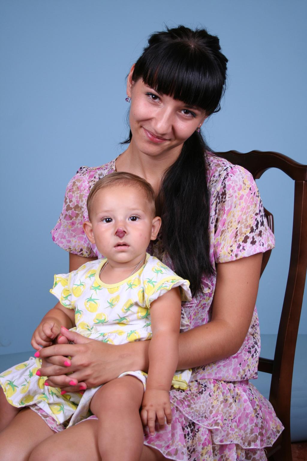 Я и моя мама))))))))))))). С мамой на прогулке