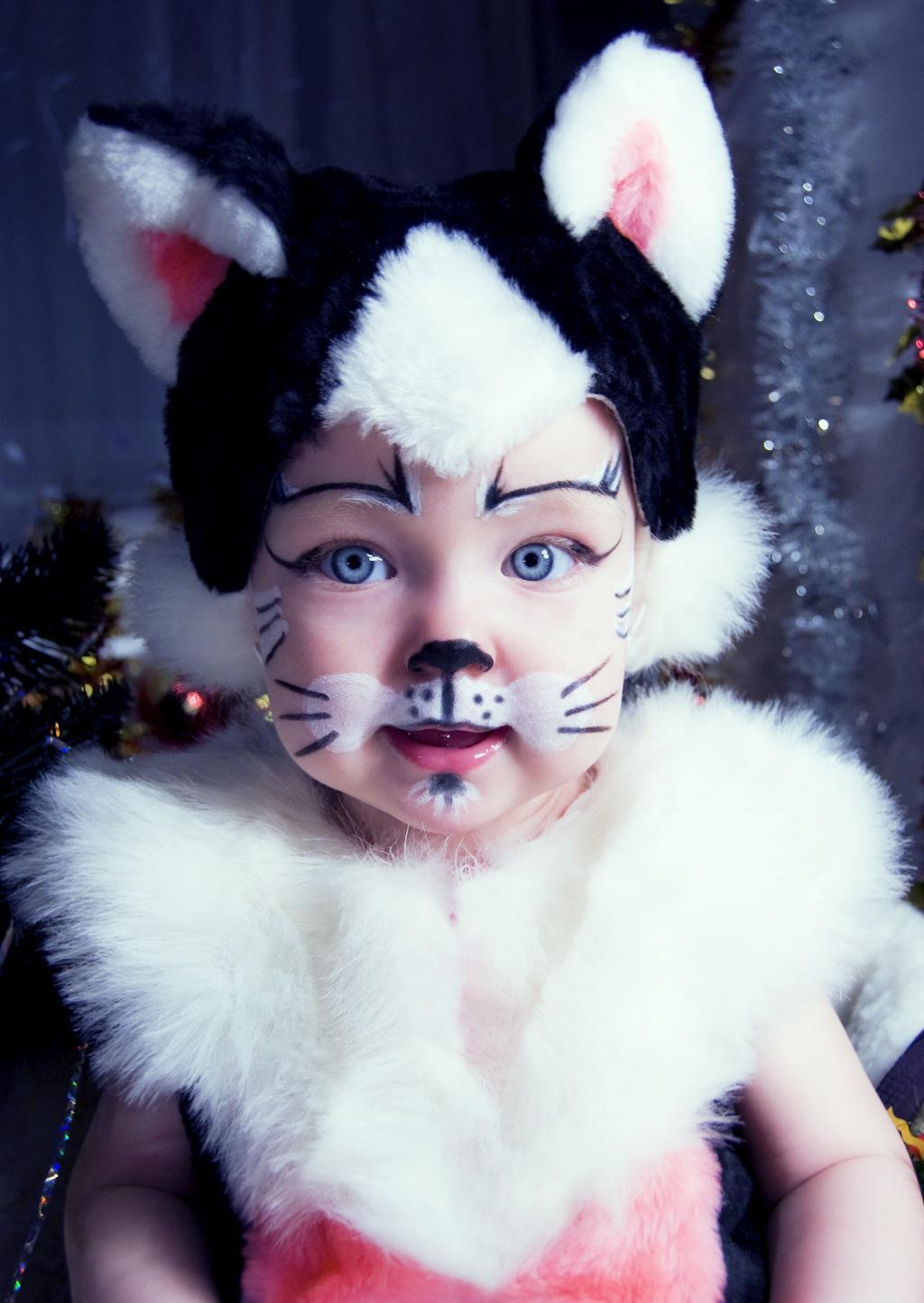 киса ^_^. Новогодний карнавал