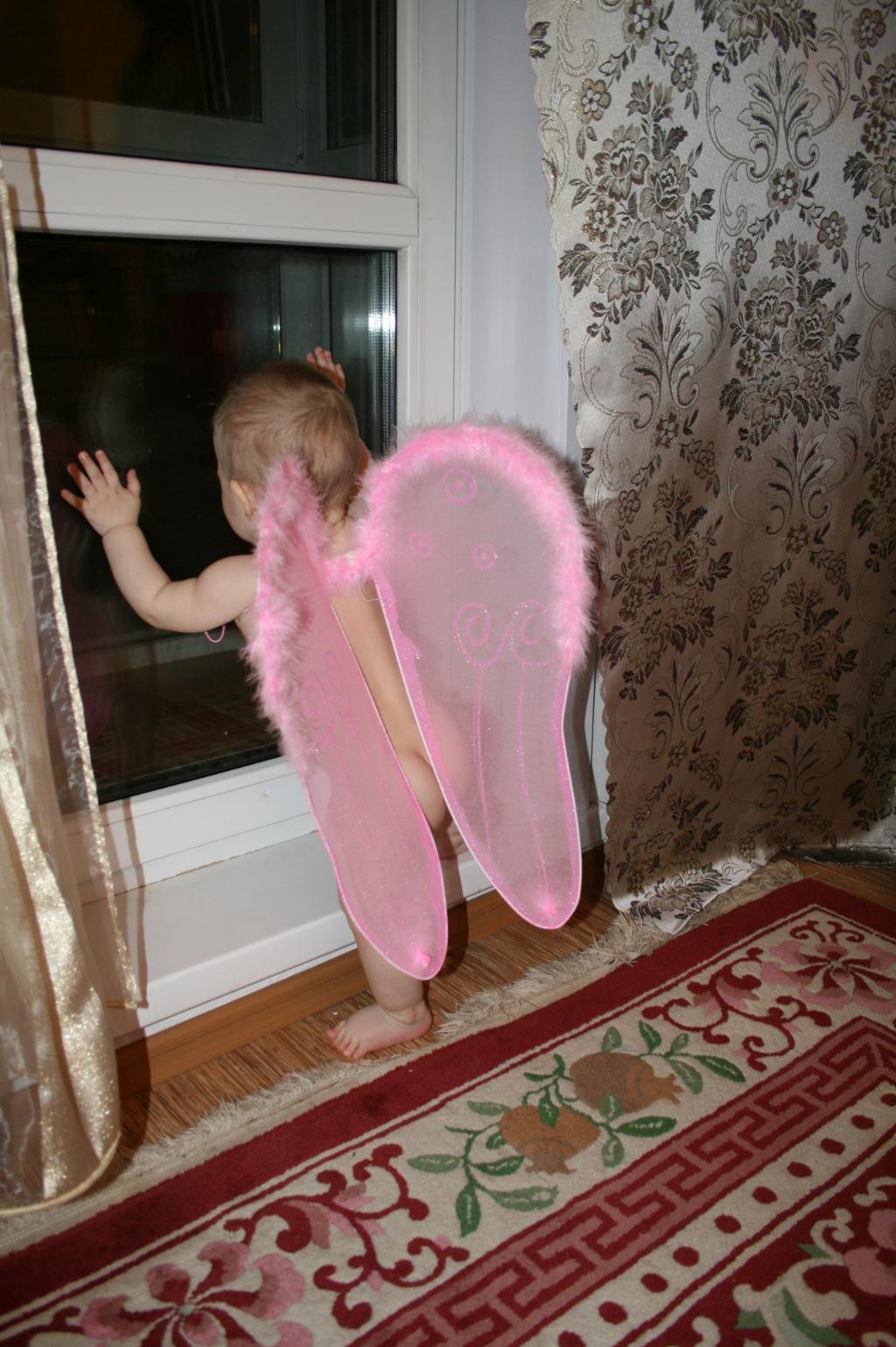 ангелу пора улетать. Новогодний карнавал