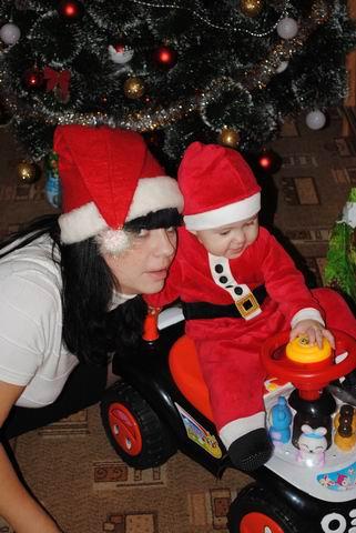Два Санта Клауса. Новогодний карнавал