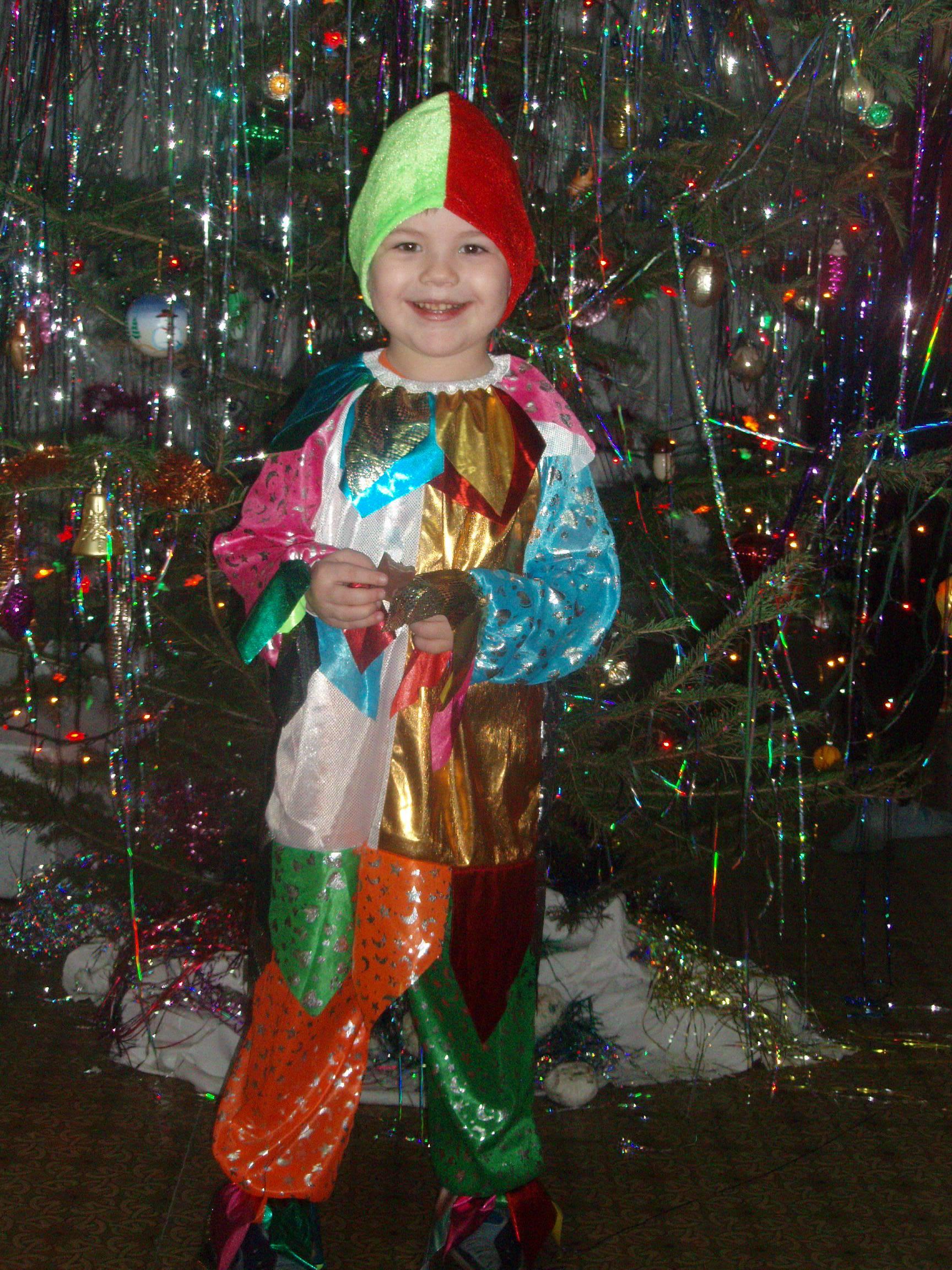 Весёлый петрушка. Новогодний карнавал