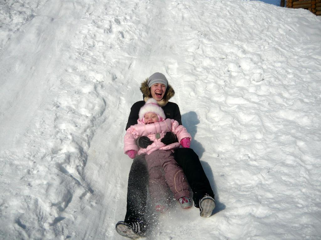 летииииииим  )))). Закрытое голосование фотоконкурса 'С мамой на прогулке'