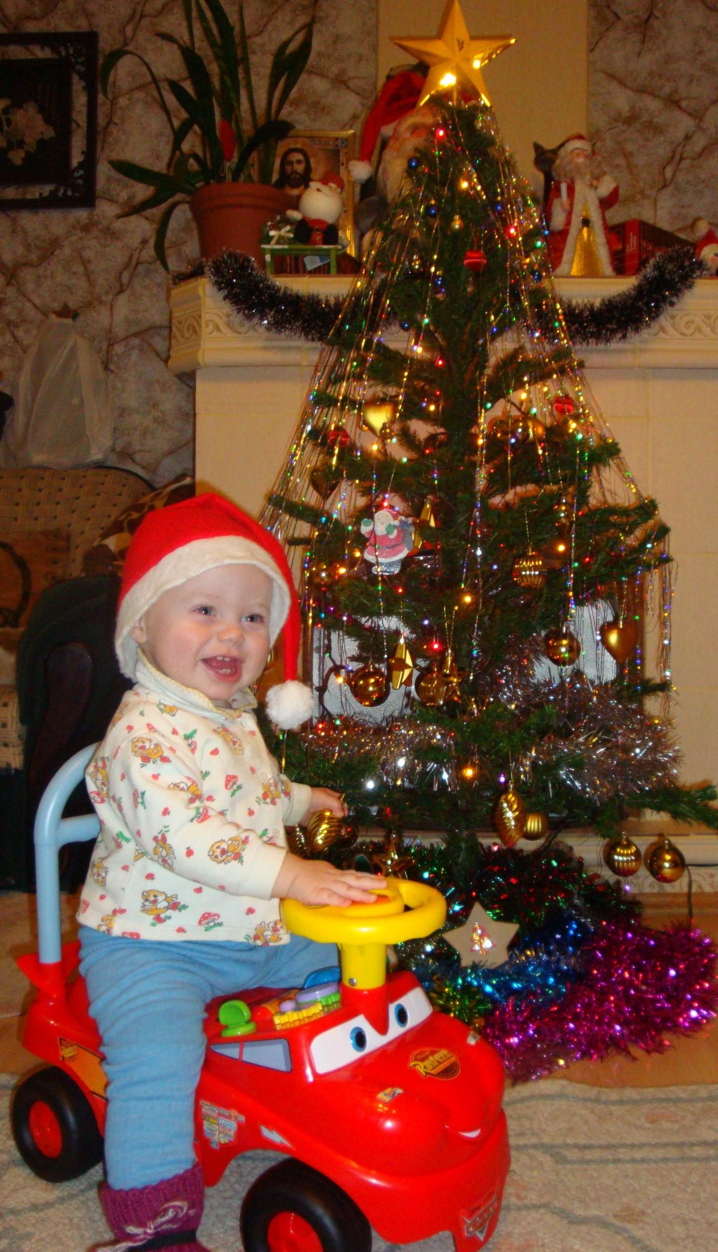 новогоднее поздравление от гномика. Новогодний карнавал
