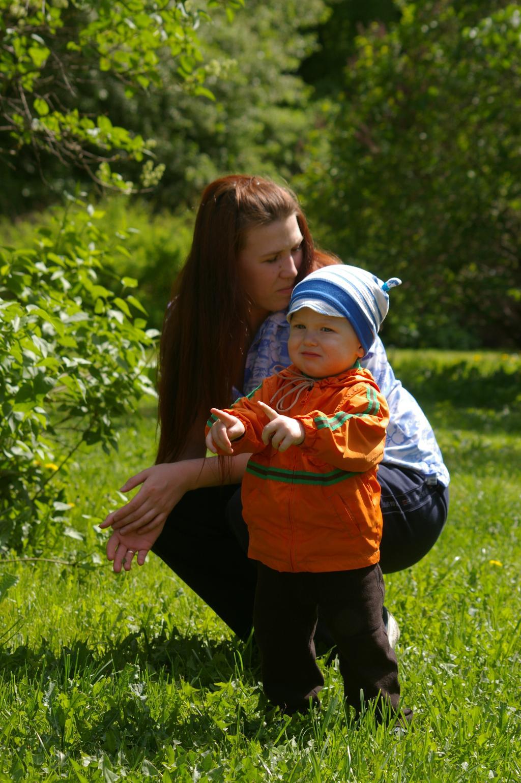 На прогулке в Дендрике. С мамой на прогулке