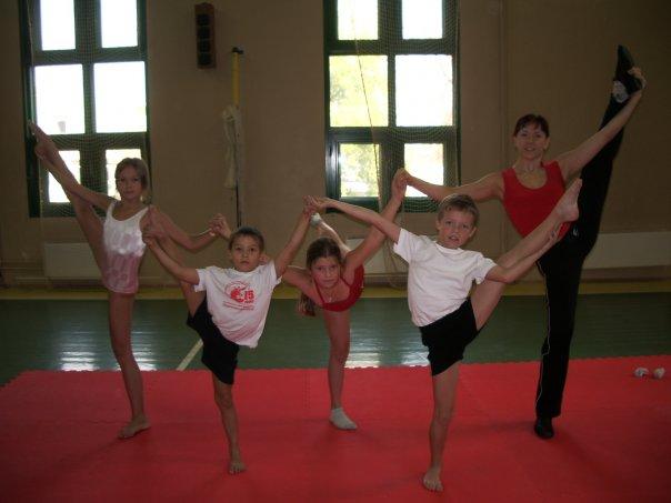 Мы на тренировке по гимнастике и акробатике!!!. Моя тренировка