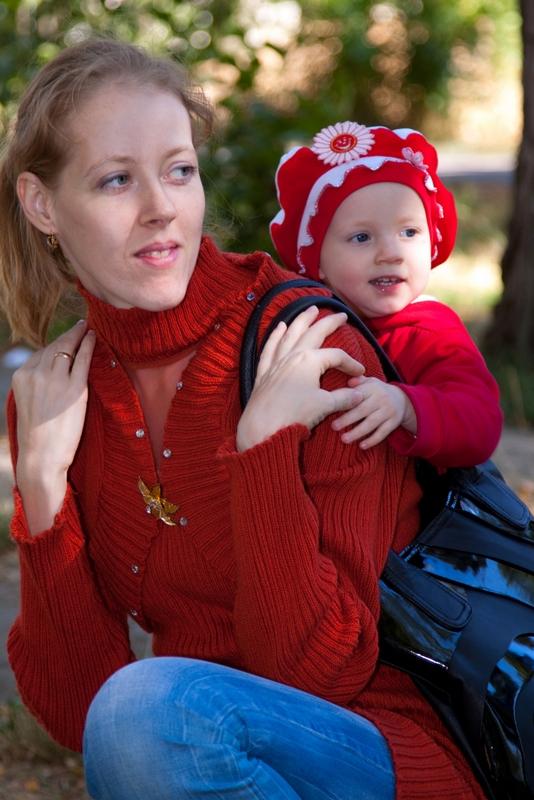 Посмотри как красиво.... С мамой на прогулке