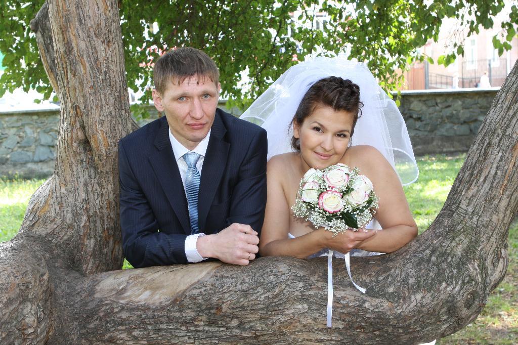 Он лучший папа и муж на планете Земля)). Лучшее свадебное фото
