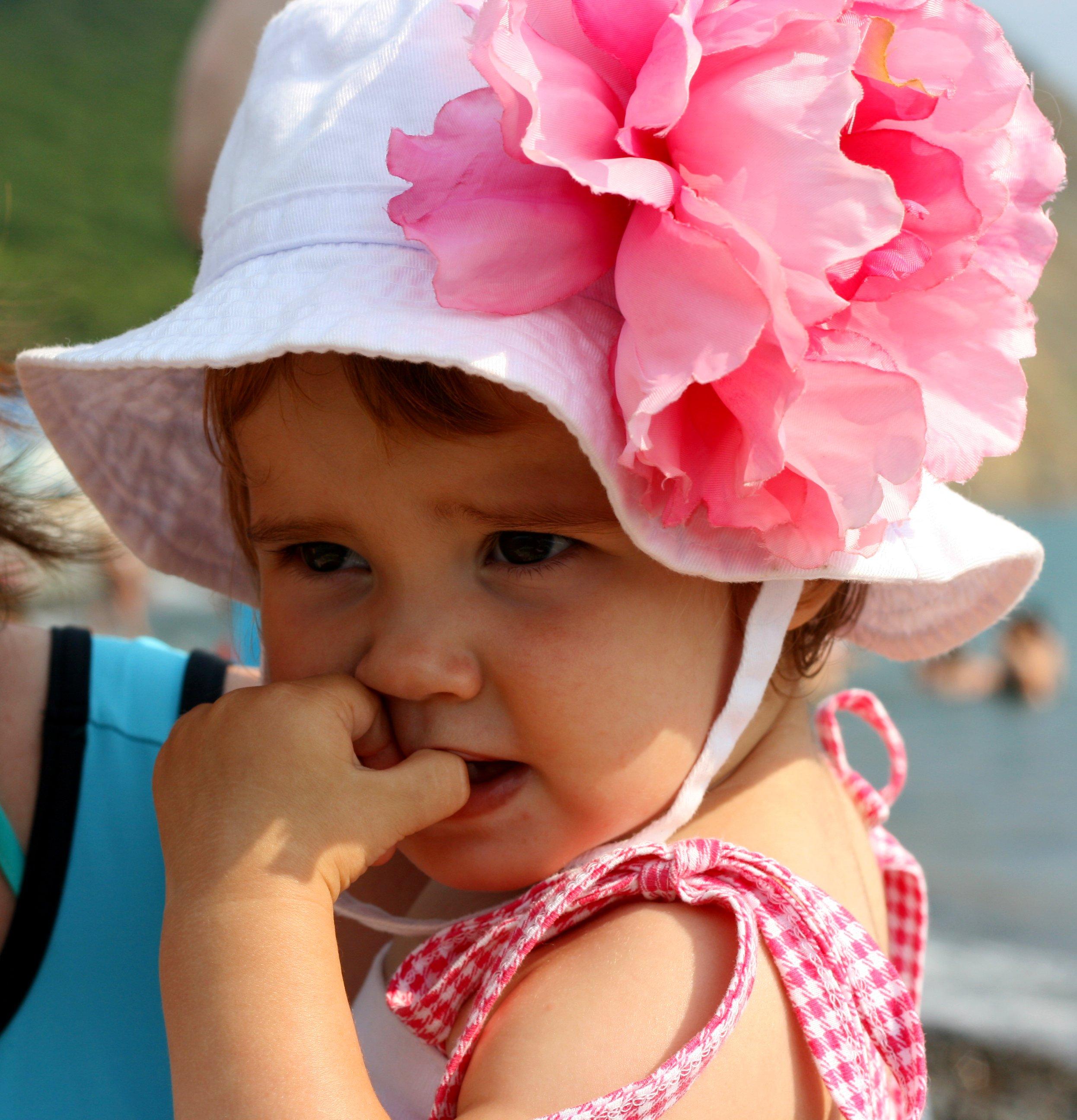 Елизавета, 1 год и 9 месяцев. Перламутринки