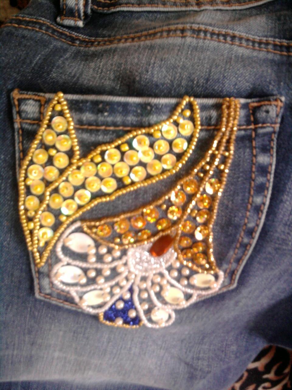 джинсы. Вышивка бисером