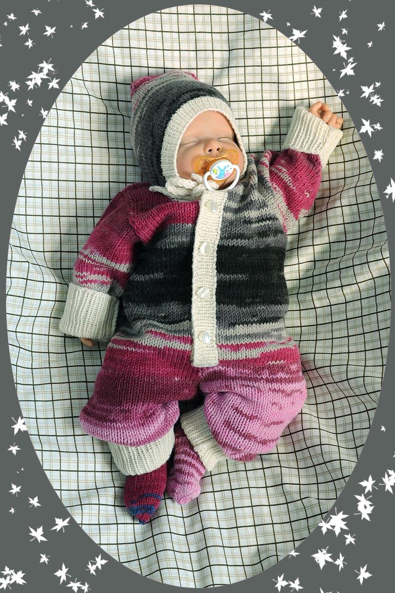 Вязаный комплект для новорожденных Батик. Одежда для детей