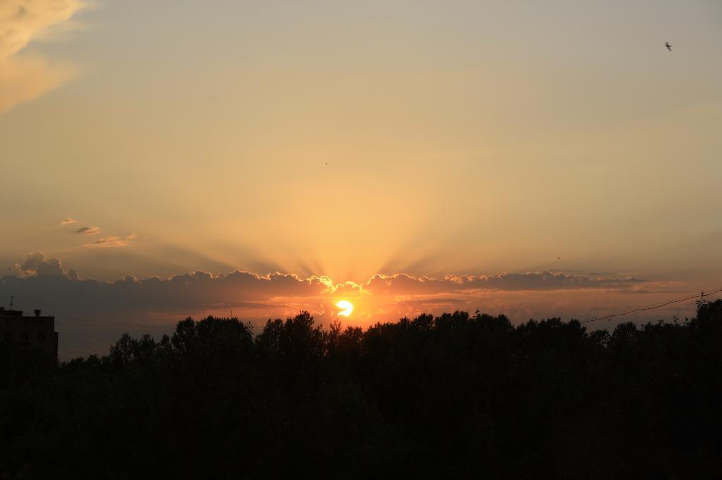 Закат.....вид из окна. Блиц: рассветы и закаты