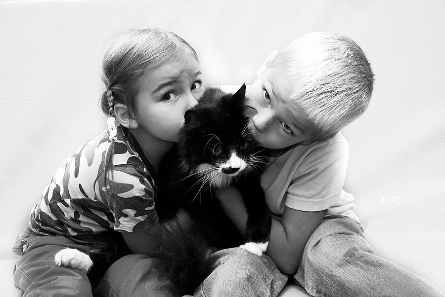 Самый любимый котенок на свете.... Кошки и дети
