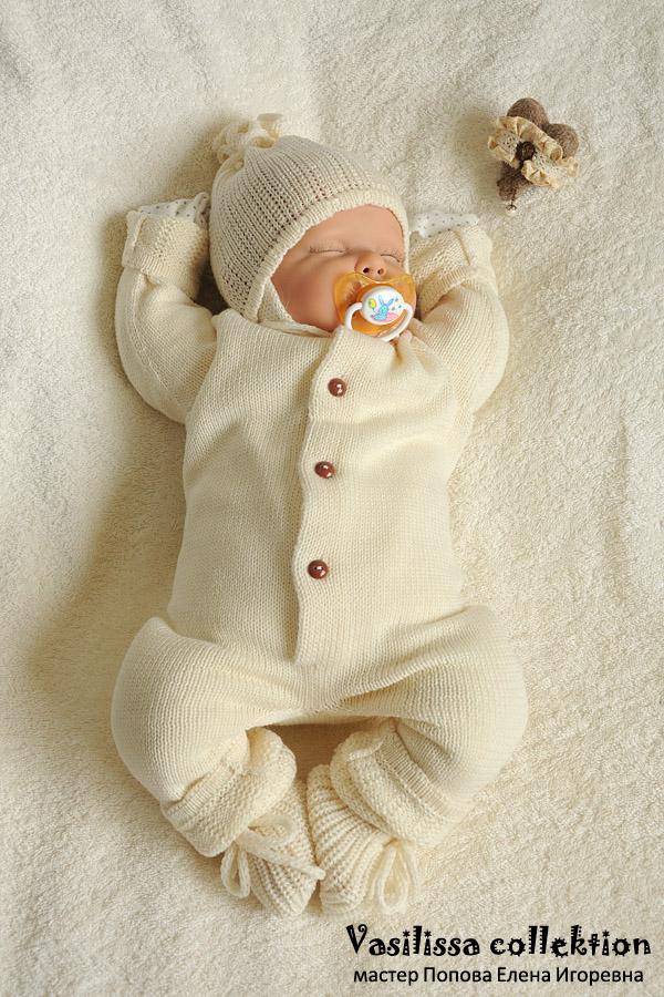 Вязаный комбинезон для недоношенных и близнецов. . Одежда для детей