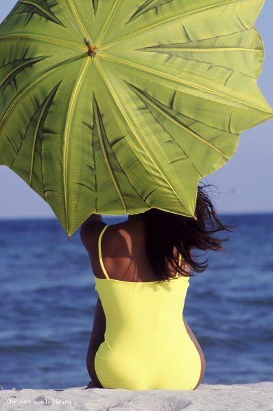 Под зонтом. Моря и другие водоемы