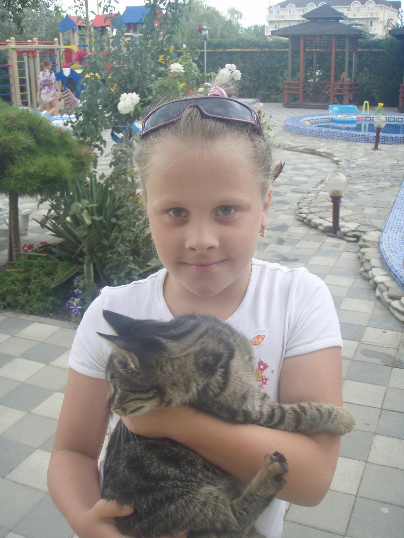 Моя дочка со своей любимицей!. Кошки и дети