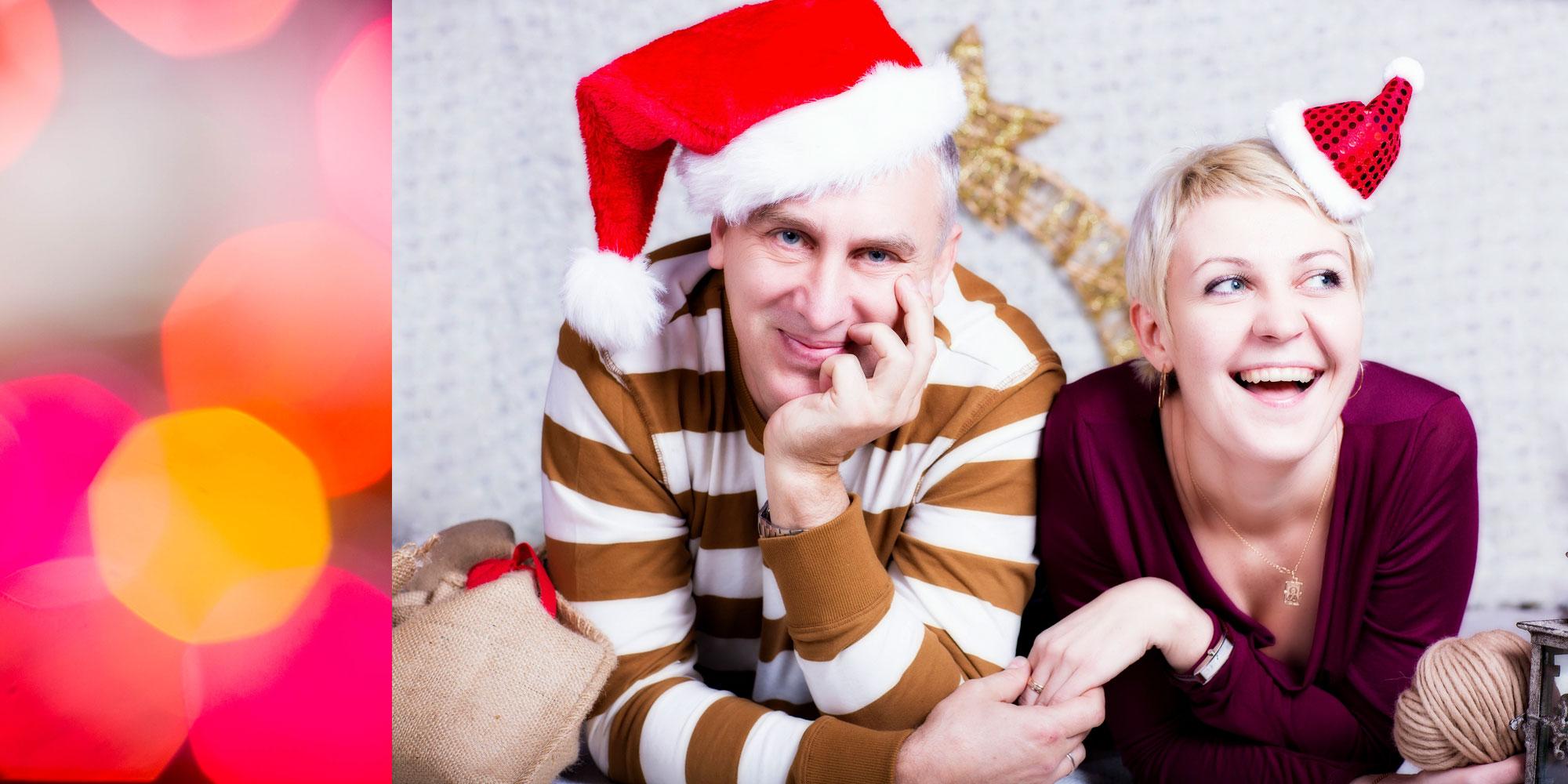 Санта и его помощница :). Она и Он
