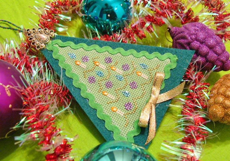06 - Даритта для TashaZ. 2012 Новогодняя игрушка